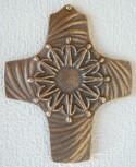 Bronzekreuz Wir reichen uns die Hände